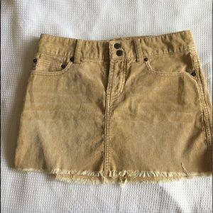 Abercrombie corduroy  skirt size 00